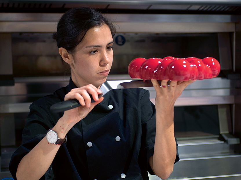 Dinara Kasko ARCHITECTURAL PASTRY CHEF