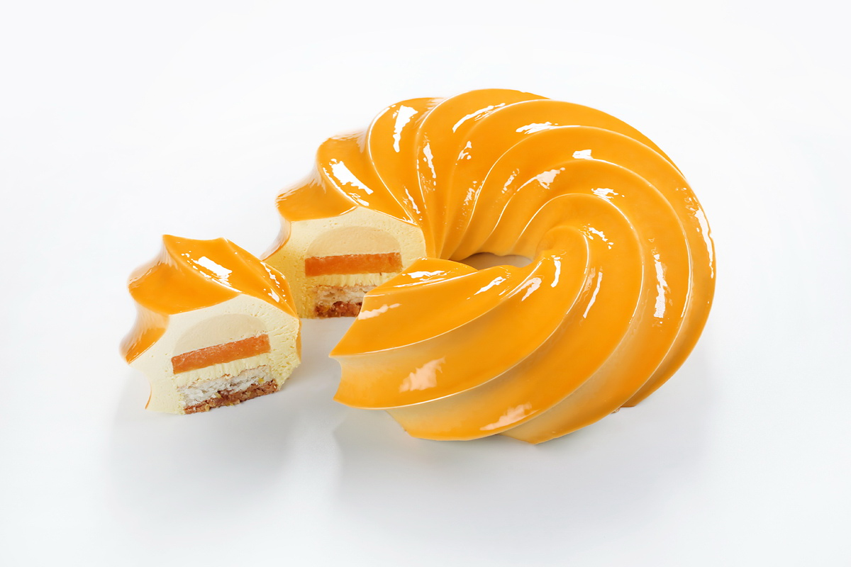 Torus Passion Fruit Cake